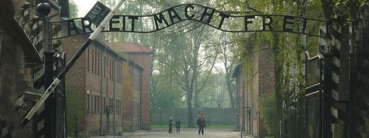auschwitz-entrance-igor-griffiths-flickr-creative-commons1